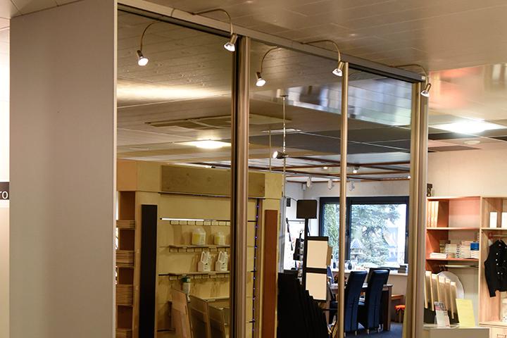 Schuifwandkast - New IPD Basic kast | Bronze omlijsting - Spiegeldeuren (brons) - Boogspots (brons)