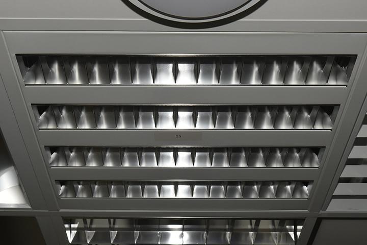 TL verlichting - TL verlichting (T5 armatuur, spiegelrooster)
