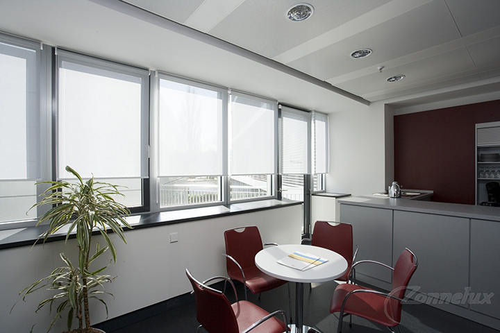 Raamdecoratie - Zonnelux Rolgordijn Eetkamer